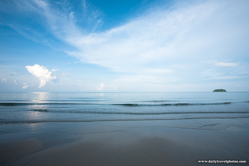 Lonely Beach Gulf of Thailand Serene Peaceful Scene Small Waves - Ko Chang, Thailand - Daily Travel Photos