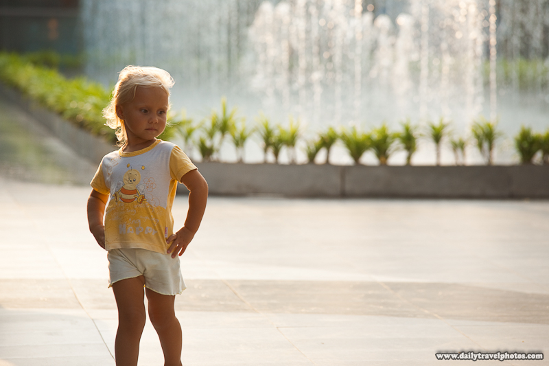 Young Girl Modeling in Paragon Mall Square - Bangkok, Thailand - Daily Travel Photos