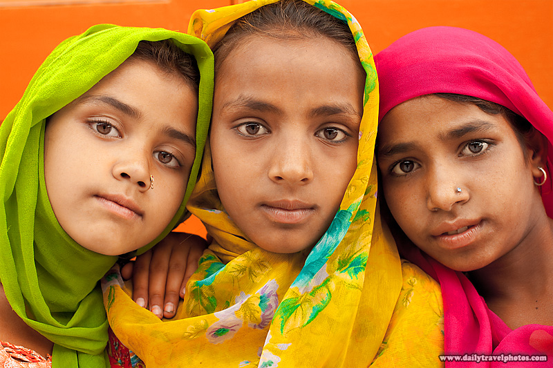 Three Young Sikh Girls Heads Aligned Side-By-Side Portrait - Paonta Sahib, Himachal Pradesh, India - Daily Travel Photos
