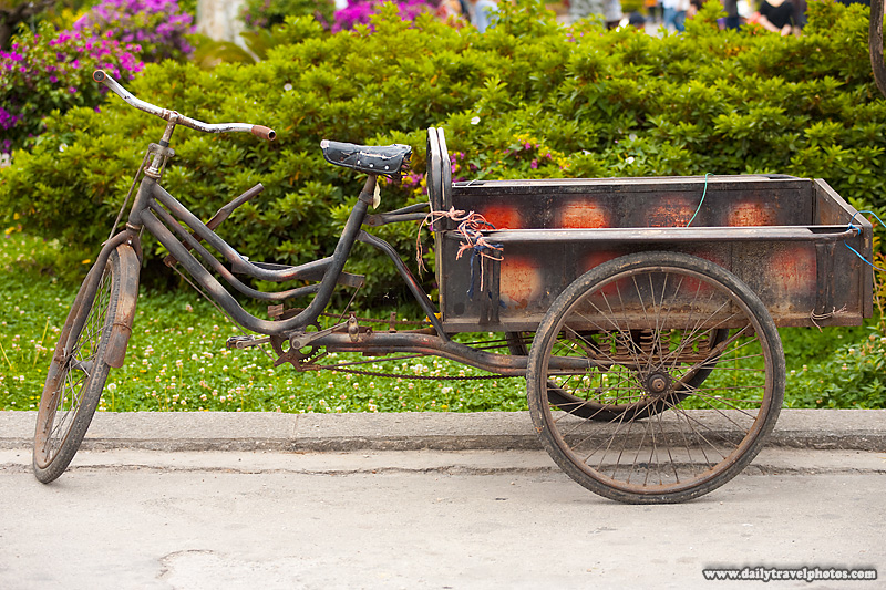 Rusted Old Cargo Tricycle Delivery Bike - Dali, Yunnan, China - Daily Travel Photos