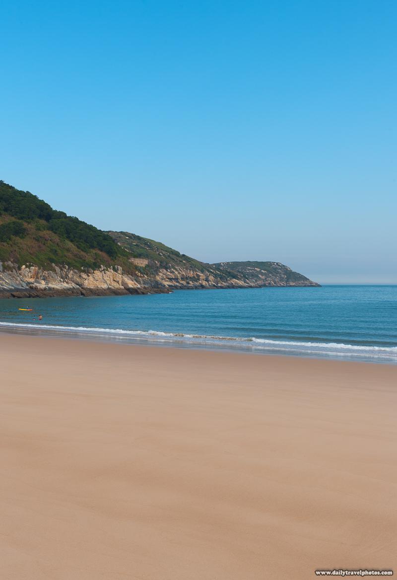 Pristine and Untouristed Emtpy Beach with Smooth Sand - Beigan, Matsu Islands, Taiwan - Daily Travel Photos