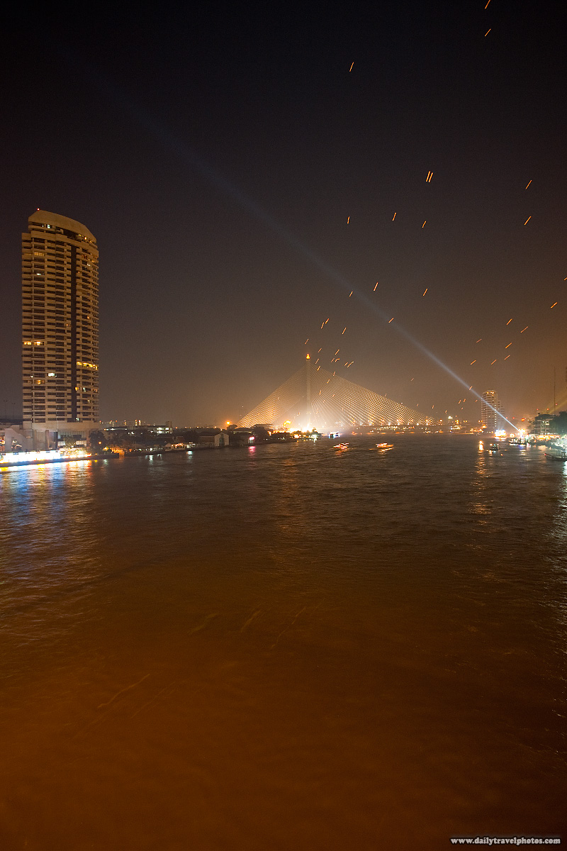 Loi Krathong Festival Chao Phraya River Lanterns - Bangkok, Thailand - Daily Travel Photos