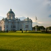 Dusit Throne Hall (before/after) Photo: The spacious front lawn of the Ananta Samakhom Throne Hall at the Dusit Palace complex in Bangkok.